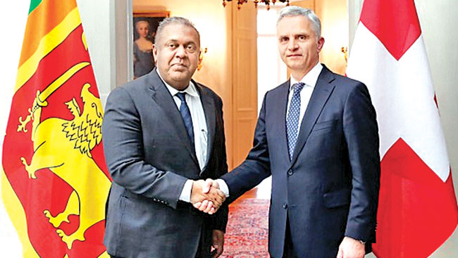 Foreign Minister Mangala Samaraweera and Federal Councillor and the Head of the Federal Department of Foreign Affairs of Switzerland  Didier Burkhalter meeting in the Swiss capital Bern on Thursday.