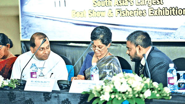 Mahinda Amaraweera, Minister of Fisheries and Aquatic Resources Development, Indira Malwatte, Chairperson & Chief Executive, Sri Lanka Export Development Board, Neil Fernando, Chairman and Imran Hassan, Managing Director, CDC Events and Travels (Pvt) Ltd at the event.