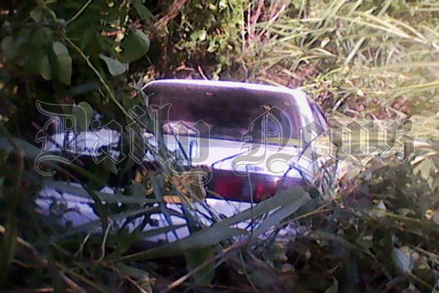 Car plunges off a 50 ft cliff in Badulla