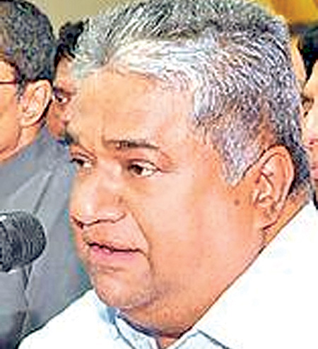 Serve country after foreign tours, Kassim urges