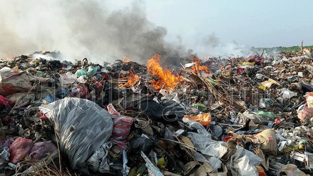 Fire erupts at Addalaichenai garbage dump