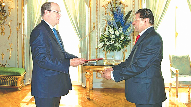 Ambassador Ranaviraja presents credentials