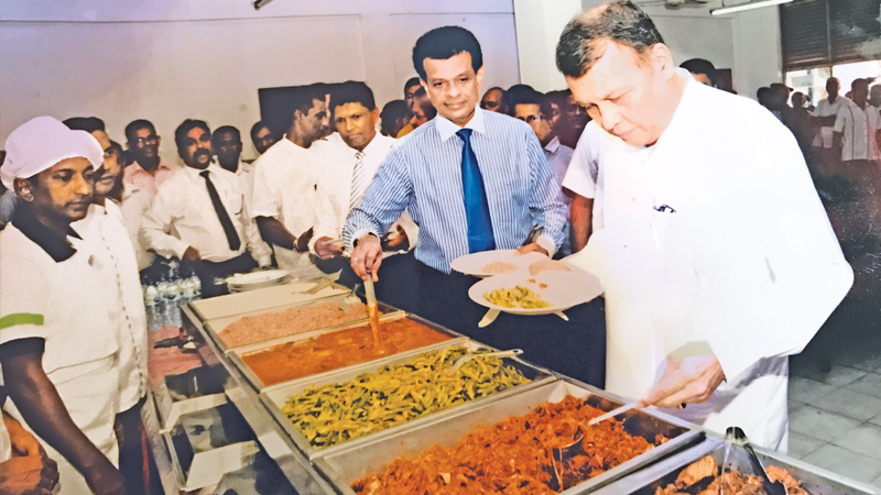 Minister Samarasinghe inspects Ports Authority food quality