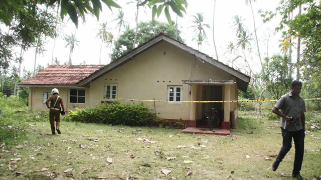 Male corpse found at an Estate Bungalow in Marawila