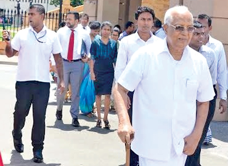 Group sending students to Russia behind SAITM protests - Chairman