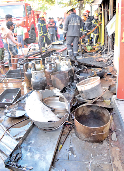 FIRE AT SLAVE ISLAND EATERY