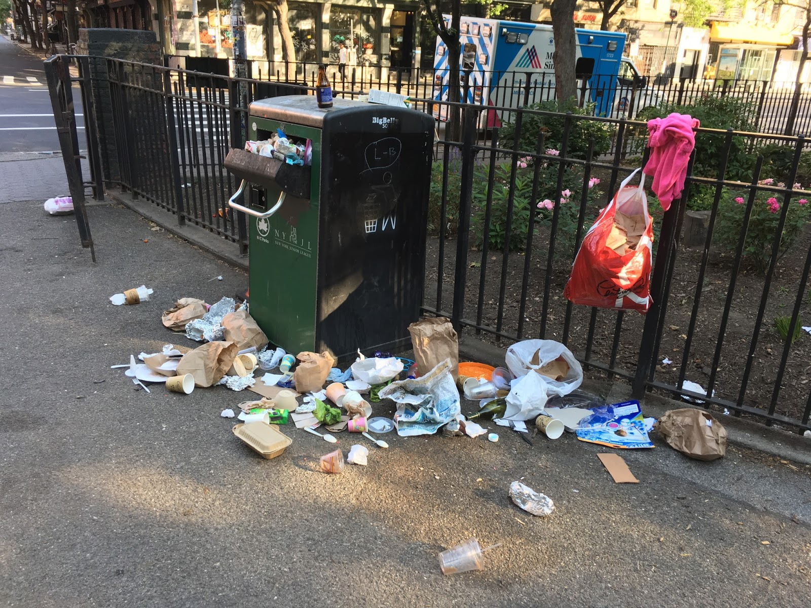 190 arrested for dumping garbage in public places