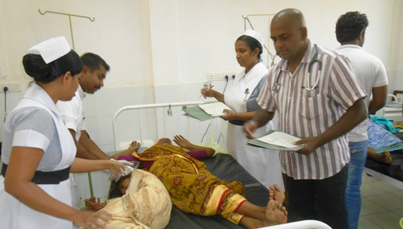 Kataragama bound devotees injured in accident