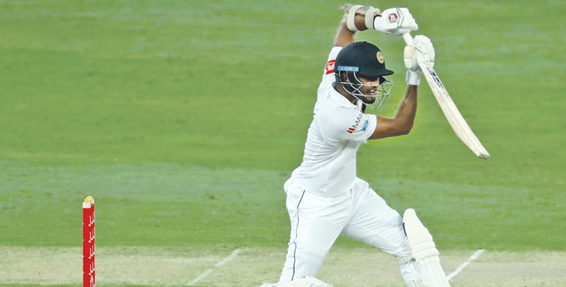 Dinesh Chandimal defensively solid as ever