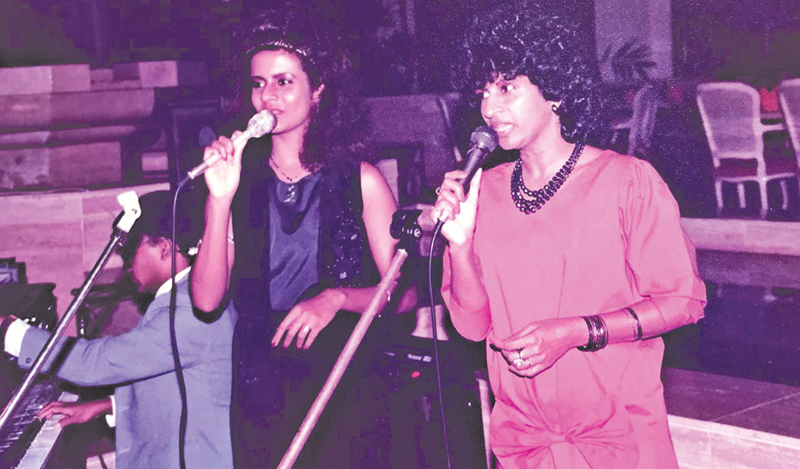 Performing with her daughter Judy