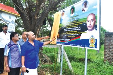 Minister Duminda Dissanayake unveiling the plaque. Picture Nimal Wijesinghe,  Anuradhapura Additional District Group Corr.