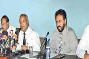 Presidents Secretary P.B. Abeykoon, Senior Additional Secretary to the President Rohana Dissanayake, Senior Presidential Advisor W.M. Karunarathna and Ministry of Parliamentary Reforms and Mass Media Secretary Nimal Bopage participated in the National Honours 2017 ceremony media briefing yesterday. Pictures by Wimal Karunathilake