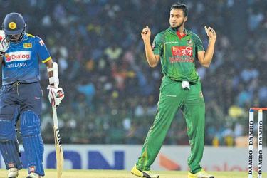 Shakib Al Hasan celebrates a Sri Lankan wicket in the second T20I at the R Premadasa Stadium. AFP