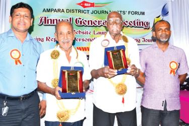 Two outstanding journalists, V.P. Sivapiragasam and M.I.M. Musthaffa honoured at the AGM