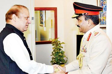 Army Commander during his meeting with Pakistani Prime Minister Muhammad Nawaz Sharif