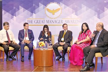 Charitha Subasinghe, CEO JayKay Marketing (John Keells), Riaz Hassen, CEO Colombo Leadership Academy, Niranjalli Wickramasinghe, Moderator/ Senior Manager T&D AIA Insurance, Akhilesh Mandal, President Great Manager Awards, Chiranthi Cooray, CHRO/ DGM HR Hatton National Bank PLC and Prasad Piyadigama, Director Organization and Human Resources (INSEE Cement)