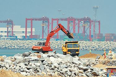 Work on the Colombo Port City project in progress