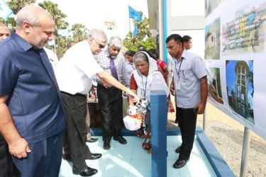 Prime Minister Ranil Wickremesinghe yesterday, inaugurated the Eludur  Water Supply Scheme in Mannar. City Planning and Water Supply Minister  Rauff Hakeem was also present.