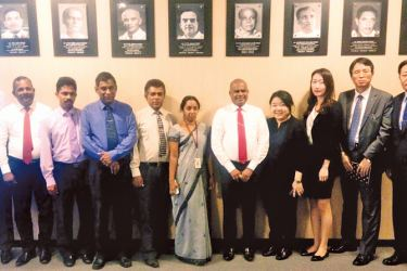 The Korean consultant team with Sri Lankan government officials at the dissemination seminar held at the Foreign Ministry