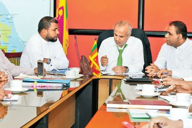 City Planning and Water Supply Minister and Sri Lanka Muslim Congress Leader Rauff Hakeem discussing the project with the ministry officials.