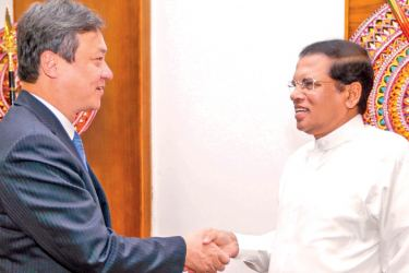 Japanese Foreign Affairs Vice Minister, Iwao Horii called on President Maithripala Sirisena in Colombo on Friday. Picture by President's Media Unit