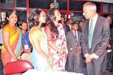 Minister of Law and Order and Southern Development Sagala Ratnayake inspecting a stall at the opening of the EDEX Mid –Year Expo 2017 and Job Fair on Saturday. Picture by Chaminda Niroshana