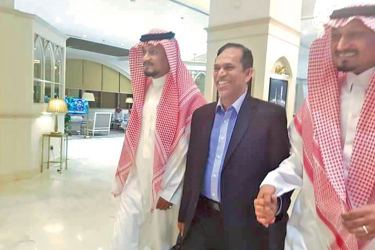Prison Reforms and Resettlement and Hindu Religious Affairs State Minister M.L.A.M. Hisbullah along with Secretary of State Saudi Arabia Bahad bin Abdul Aziz in the Kingdom.