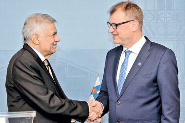 Prime Minister Ranil Wickremesinghe met Finnish Prime Minister Juha Sipila in Helsinki,Finland yesterday. (Picture by PM's Media Unit).