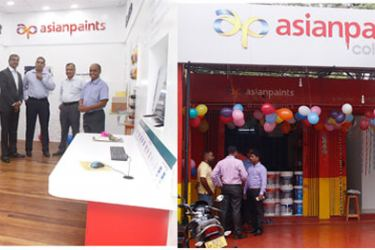 Representatives of Asian Paints and Jaffna Hardware at the opening of the 'Colour Ideas' store in Jaffna.