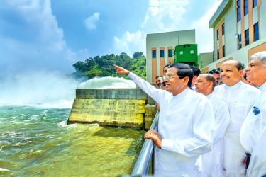 President Maithripala Sirisena and Prime Minister Ranil Wickremesinghe commissioned the giant Moragahakanda Reservoir yesterday. Picture by Sudath Silva