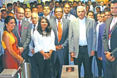 Prime Minister Ranil Wickremesinghe visiting WNS Global Services