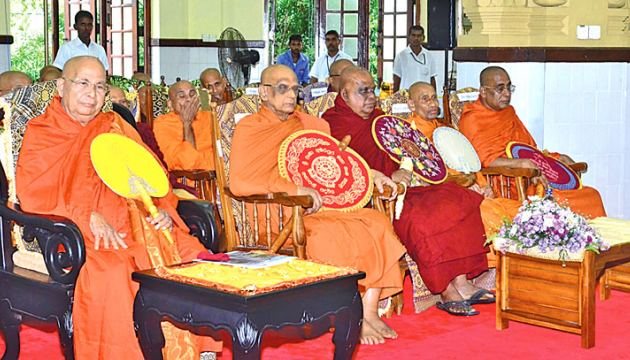 Members of the Buddhist clergy