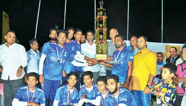 BBB SC skipper receiving the champion trophy. Pictures by: I.L.M.RIZAN, Addalaichenai Central Correspondent