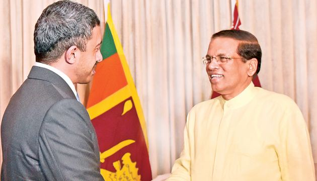 President Maithripala Sirisena receiving the UAE Foreign Affairs Minister on Saturday at the President's Official Residence. Picture by Kapila Ariyawansa