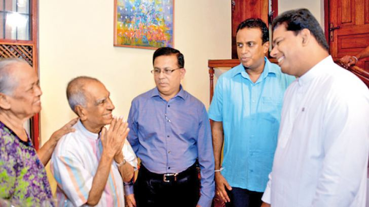Pandith W. D. Amaradeva celebrated his 88th Birthday on Saturday. Media Minister Gayantha Karunathilleke who visited him at his residence has assured to build the Amaradeva Academy soon. Minister Karunathilleke after wishing him said that an Academy similar to India's Rabindranath Tagore Academy, should be built to honour Pandith Amaradeva.