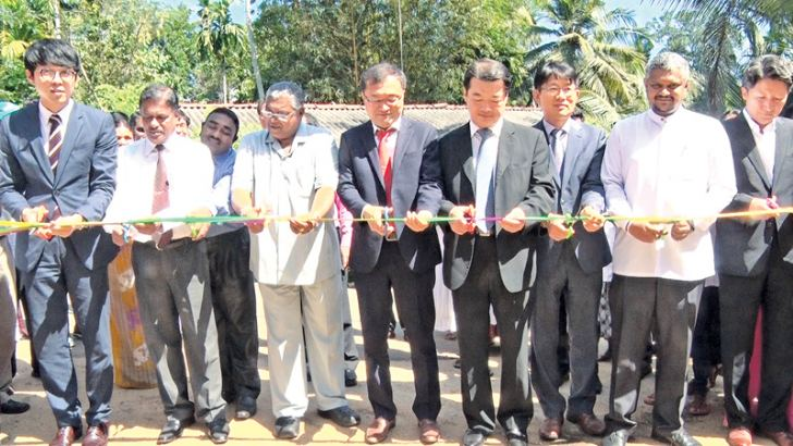 Sabaragamuwa Province Chief Minister Mahipala Herath and representatives of the Korean International Cooperation Agency (KOICA) were commissioning the mushroom cultivation centre at Pitiyegama