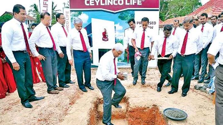 Ceylinco Life Managing Director R. Renganathan and directors at the foundation stone laying ceremony.