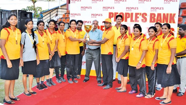 Netball champions – Batticaloa Region receiving the trophy from the chief  guest General Manager (CEO) N. Vasanthakumar