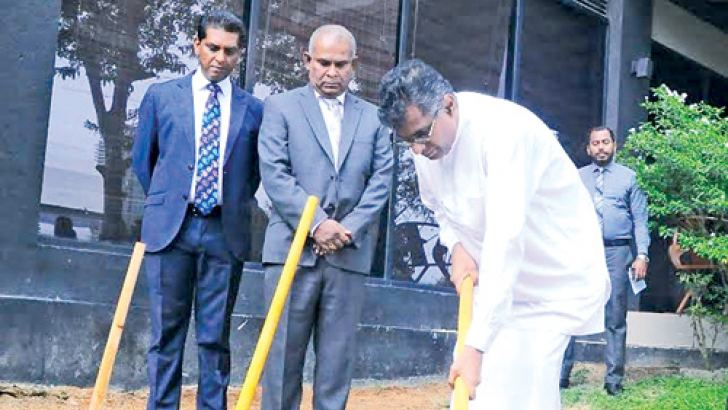 Megapolis and Western Development Minister Patali Champika Ranawaka initiating the Waters Edge expansion project. Picture by Wasitha Patabendige