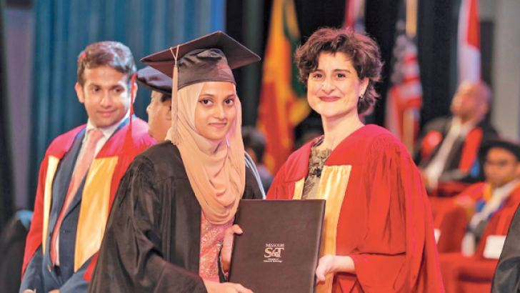Suha Mariyam is presented a BSc in Psychology from Missouri University of Science and Technology