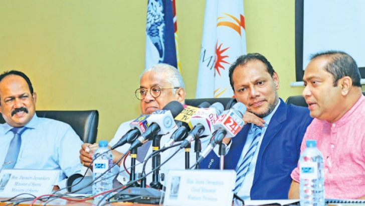 Western Province Chief Minister Isura Devapriya (extreme right) speaking at the media briefing while the chairman of Lanka Sportreizen and Chief Organiser of LSR Colombo Marathon Thilak Weerasinghe (extreme left), Chairman of Sri Lanka Tourism Promotion Bureau Udaya Nanayakkara (second from left) and Sports Minister Dayasiri Jayasekera look on. Picture by Rukmal Gamage