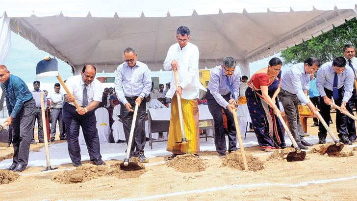 Minister Patali Champika Ranawaka and others at the groundbreaking ceremony. Picture by Wasitha Patabendige
