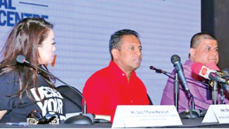 Vice President Brand Creativity & Talent Development of Limkokwing University of Creative Technology Dato' Tiffanee Marie Lim, Skills Development and Vocational Training Minister Chandima Weerakkody and Director General of NIBM Dr. D.M.A. Kulasooriya.   Picture by Malan Karunarathne