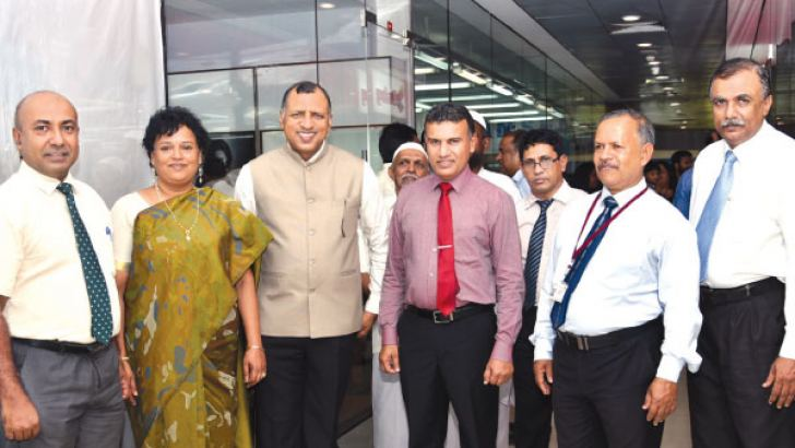 From left to right, IDB Marketing Director P. L. S. Udayasiri, Indian Assistant High Commissioner to Sri Lanka Radha Wenkatharaman, the Indian Councillor General, IDB Director General P. L. U. Rathnamalala, IDB Kandy office Deputy Director Lalith Gunasekara and IDB Regional Development Division Deputy Director J. D. H. Hemakumara.