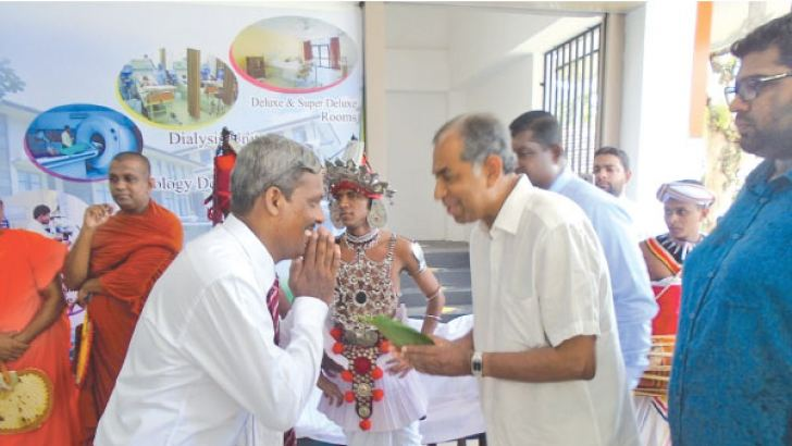 Ruhunu Hospitals Chairman Deepal Wickremasinghe and CO-CEO Raveen Wickramasinghe opening the new  medical centre.