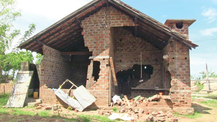 A house damaged by the wild elephant attack. Picture by M. A. Phakurdeen, Addalaichenai Group Corr.