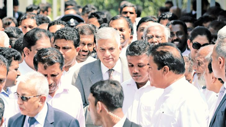 Prime Minister Ranil Wickremesinghe is seen leaving the Commission premises after appearing  before it (CoI) last morning.  Picture by Rukmal Gamage