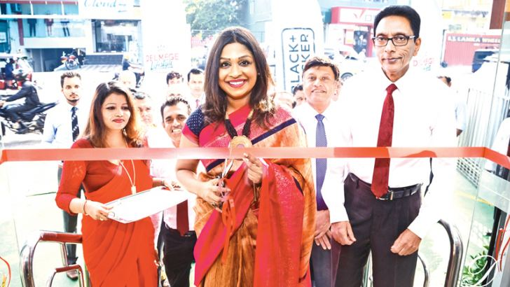 Picture caption  . CEO Vallibel one /Director Delmege Group Ms Dinusha Bhakshi ,  Delmege Interior CEO/ Director Mr Nilantha Fernando ,Deputy CEO MrAendra Bandaranaike Delmege DCP General Manager R A D Karunajeewa being present at the opening