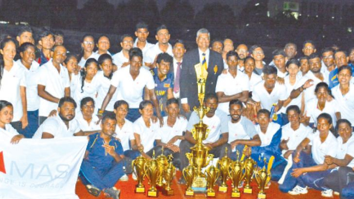 Overall champion MAS Holdings team with their trophies