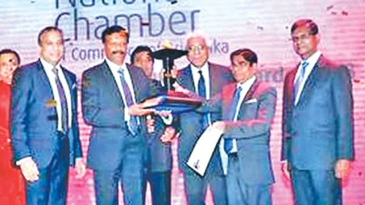 Flashback to 2016: LOLC Group Managing Director/CEO Kapila Jayawardena and LOLC Group Deputy Chairman Ishara Nanayakkara receive National Business Excellence Award from chief guest Central Bank Governor Dr. Indrajit Coomaraswamy